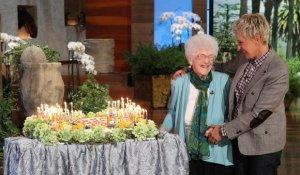 Edythe, que aos 105 anos, teve problemas no momento de registrar sua data de nascimento no Facebook, participou do programa The Ellen DeGeneres Show. Créditos: Reprodução (Facebook Edythe Kirchmaier)