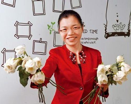 Só pra se ter uma ideia, o negócio que essa chinesa montou motivada pelo seu sofrimento entrou na lista dos 25 mais poderosos negócios da China.
