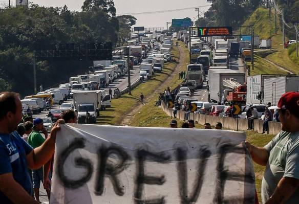 greve dos caminhoneiros - EuGordinha