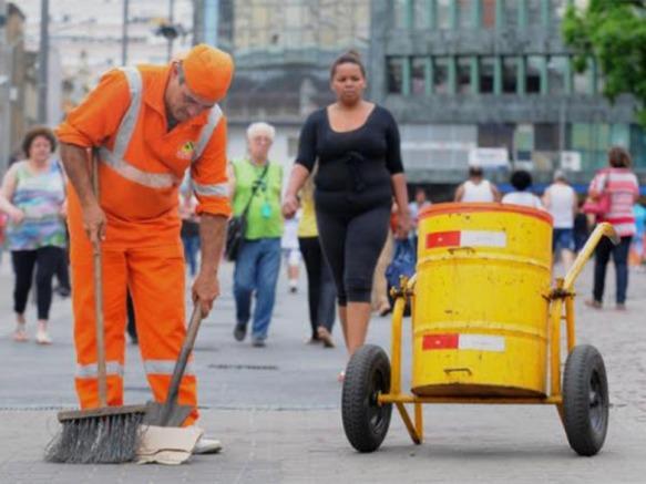 limpeza urbana - EuGordinha.jpg